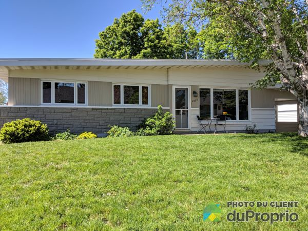 3058 rue Michael-Connolly, Ste-Foy for sale