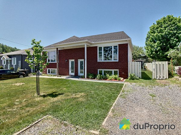 Summer Front - 520 chemin Olivier, St-Nicolas for sale