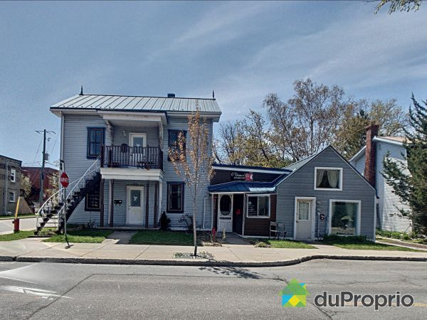 2458-2474, rue Bourgogne, Chambly for sale