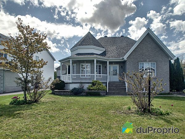 24 rue des Frênes, St-Philippe for sale