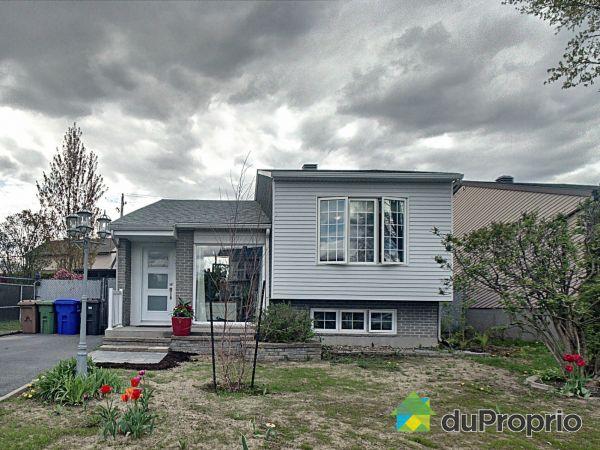 732 rue Lionel-Groulx, Ste-Julie for sale