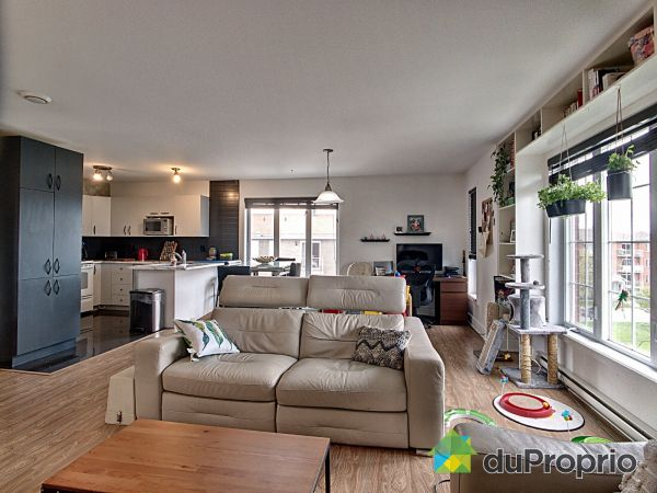 Living / Dining Room - 8-1460 rue Albert-Lacoste, Chambly for sale