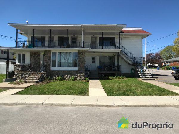 181-191, 2e Avenue, Crabtree for sale