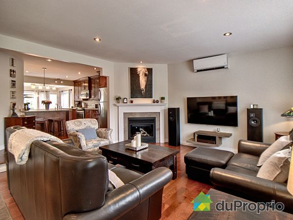 Living Room - 99 rue des Pins, L'Ile-Perrot for sale