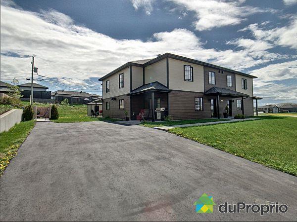 Buildings - 2-423 rue Alcide-C-Horth, Rimouski (Rimouski) for sale