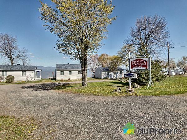 687 chemin des Pionniers Est, Cap-St-Ignace for sale
