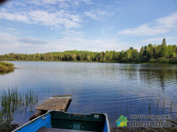 Lake Access - chemin du Lac-Kiamika, Rivière-Rouge (Ste-Véronique) for sale