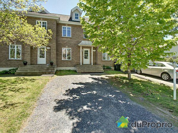 Front Yard - 1454 rue Calaïs, Sherbrooke (St-Élie-d'Orford) for sale