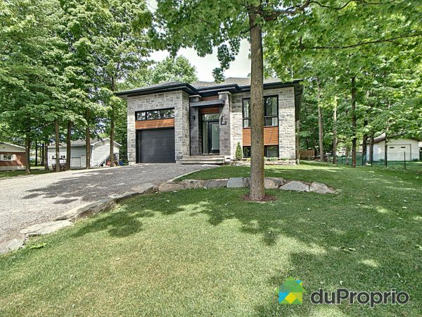 517 rue Willy, Granby for sale