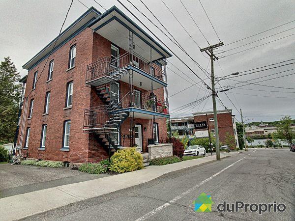 28-30-32, rue de la Glacière, Sherbrooke (Jacques-Cartier) for sale