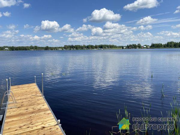 30, route du Lac, Lac-Frontiere à vendre