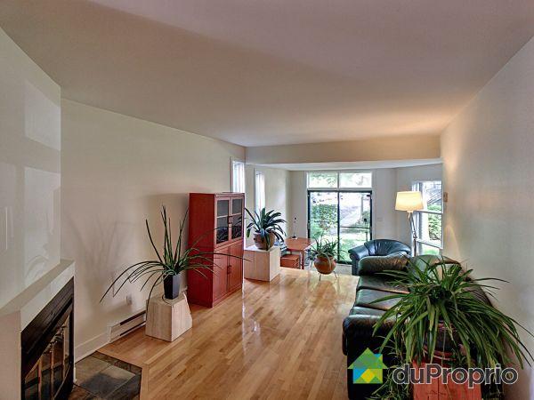 Living Room - 102-53 Place du Soleil, L'Ile Des Soeurs for sale