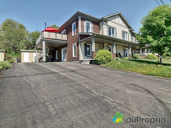 1109 rue Victor-Dupuis, Sherbrooke (Jacques-Cartier) for sale