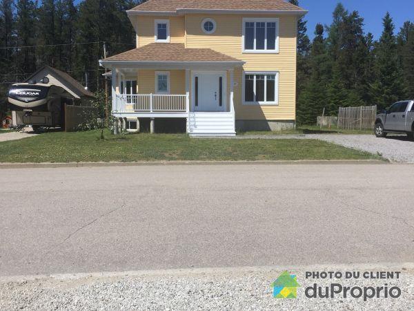 117, rue Tremblay, Sacré-Coeur-du-Saguenay à vendre