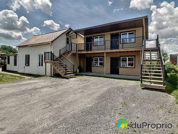 Extérieur - 373-375, rue Major, Coaticook à vendre