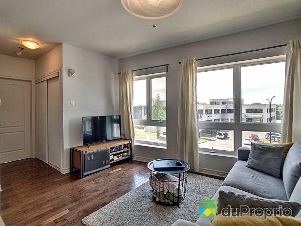 Living Room - 317-335 boulevard Marcel-Laurin, Saint-Laurent for sale