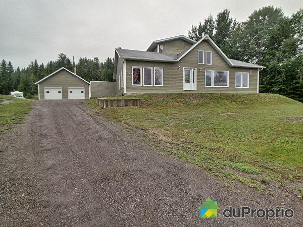 4150 chemin du Lac Sophie, Alma for sale