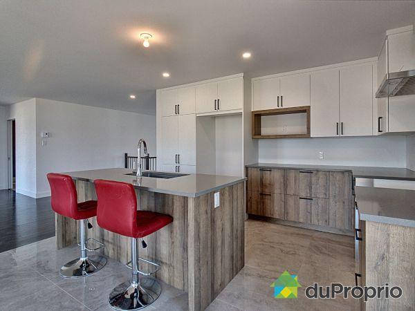2365 rue Offenback - Par Construction HLI, Drummondville (Drummondville) for sale