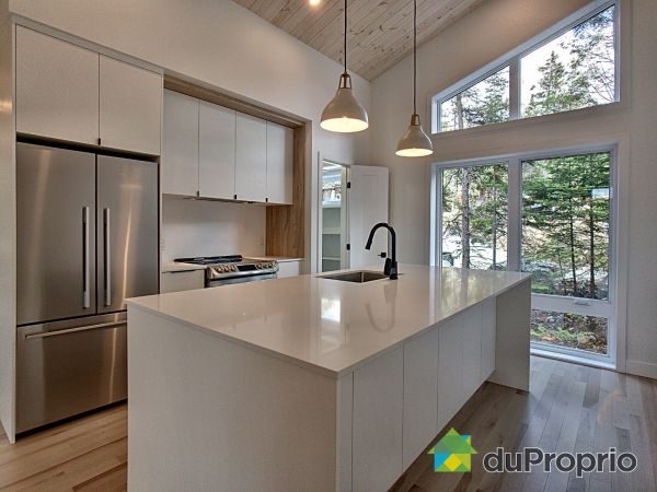 25 rue Carver Hill  - Par Les constructions Lafco, Morin-Heights for sale