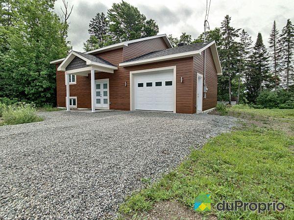 700 rue de la Victoire, Sherbrooke (Rock Forest) for sale