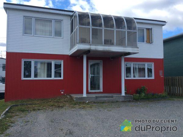382-384-386-390, 2e Rue, Chibougamau à vendre
