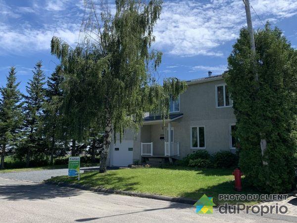 5602 avenue Onésime-Gaudreault, Alma for sale