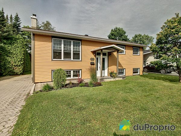 Summer Front - 40 rue Harvey, Thetford Mines for sale
