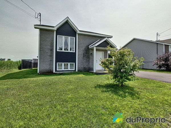 Summer Front - 2330 route 337, Ste-Julienne for sale