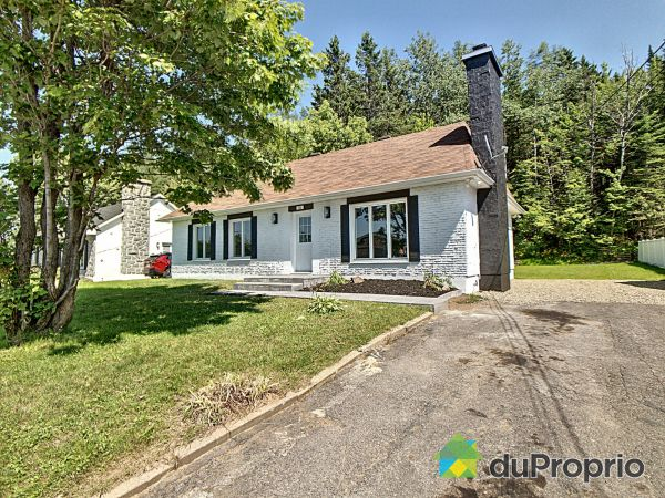 784 boulevard du Lac, Charlesbourg for sale