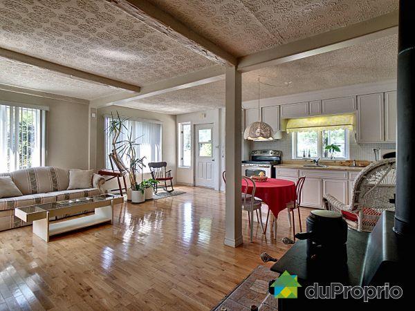 490 boulevard du Lac, Charlesbourg (ND-Des-Laurentides) for sale
