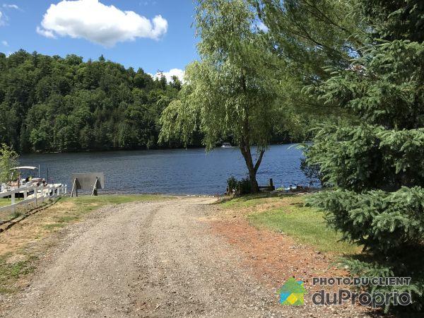 Accès au lac - , chemin Raymond, Val-Des-Bois à vendre
