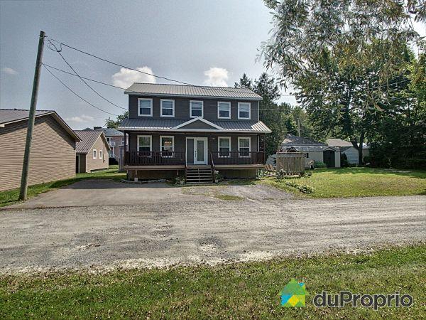 746 9e Rue, Roxton Pond for sale