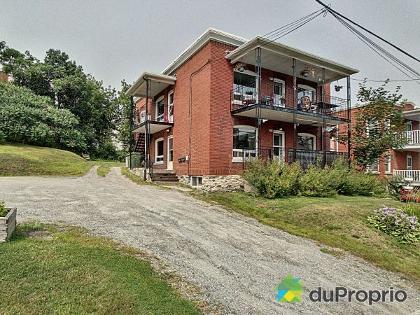 1077-1079, rue LaRocque, Sherbrooke (Mont-Bellevue) à vendre