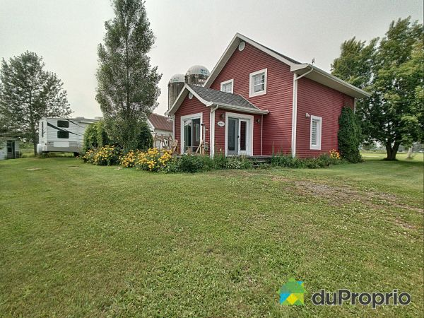 4985 rang Baril, St-Félicien for sale
