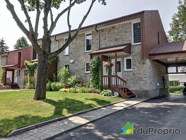 Bâtisse - 735, rue Léonard, Ste-Foy à vendre