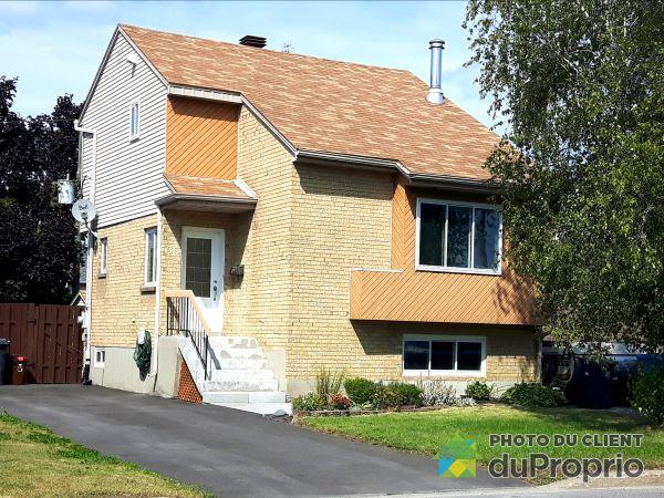 Front Balcony - 6528 rue de Michigan, Longueuil (St-Hubert) for sale