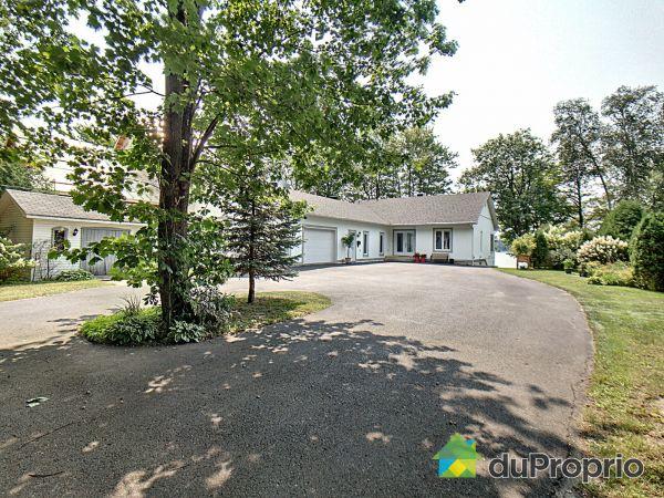 Summer Front - 3685 chemin Hemmings, Drummondville (Drummondville) for sale
