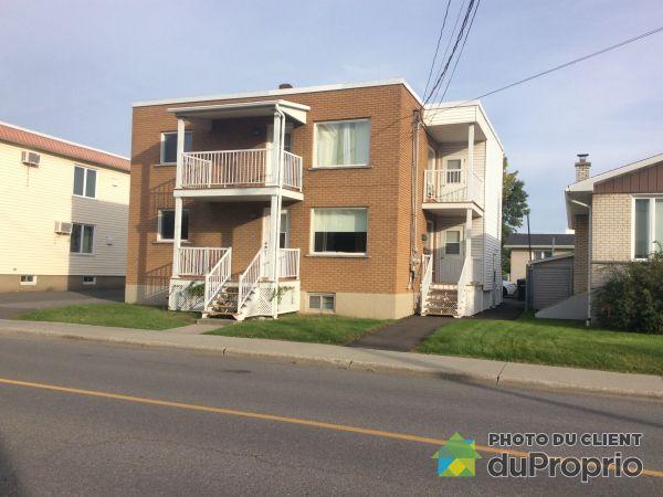 Balcon avant - 109-109A-111, rue Saint Laurent, Drummondville (Drummondville) à vendre