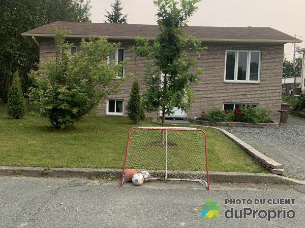 2523, rue Monseigneur-Pelchat, Rouyn-Noranda (Lac-Dufault) à vendre
