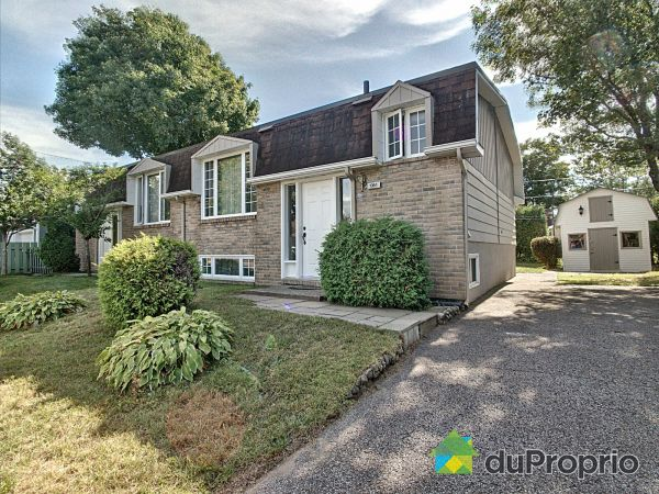 Summer Front - 1351 rue d'Ibérie, Val-Bélair for sale