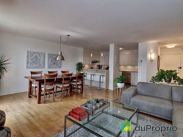 403-280 rue du Bord de l'Eau Ouest, Longueuil (Vieux-Longueuil) for sale