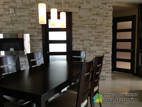 Dining Room - 201-363 rue Comeau, Sept-Iles for sale