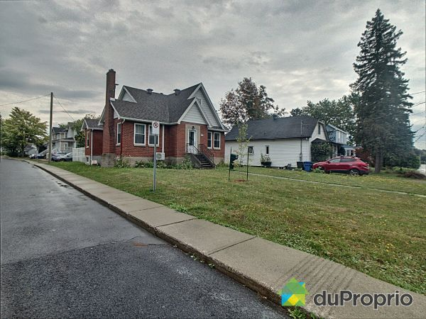 175 rue Joffre, McMasterville for sale