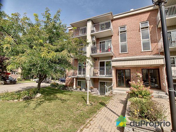 302-75 rue Beauséjour, La Prairie for sale