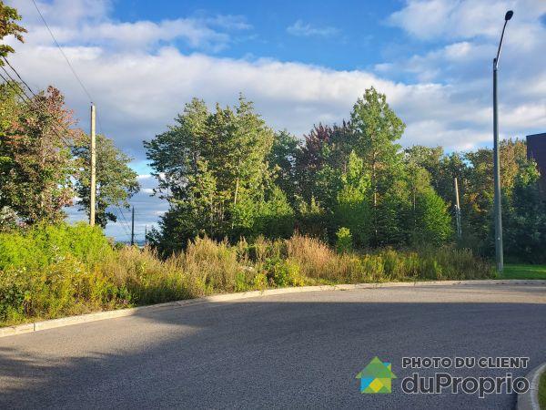 North Side - 13285 rue des Macareux, Montchatel for sale