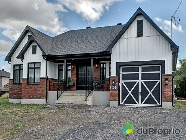 2020 avenue de Salaberry, Chambly for sale
