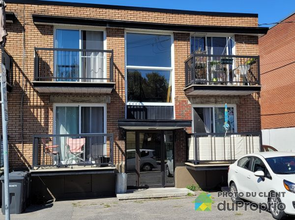 19, rue Ouimet Ouest, Laval-des-Rapides à vendre