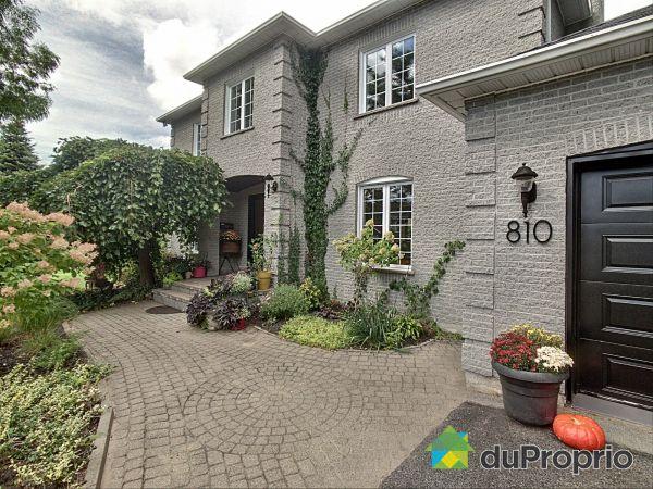 810, rue de Cournoyer, Mont-St-Hilaire à vendre