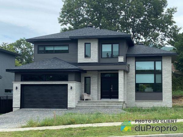 655, rue de l'Heure Mauve - Par les Habitations Boies, Mont-St-Hilaire à vendre