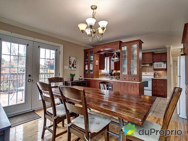 Dining Room - 140 rue Marguerite, Ste-Agathe-Des-Monts for sale